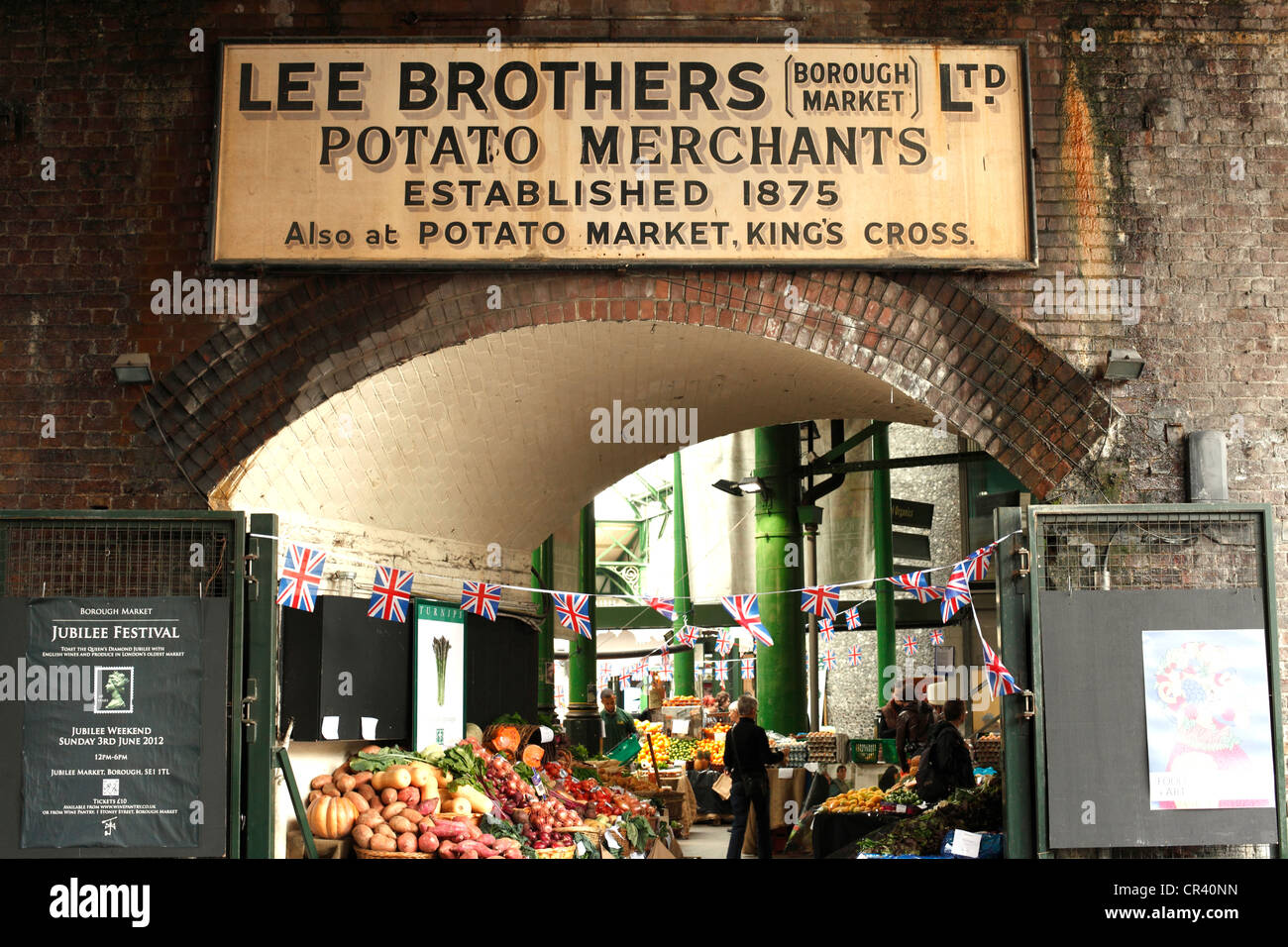 Lee Brothers Potato Merchants an old establish business at Borough Market, Southwark, London. - Stock Image