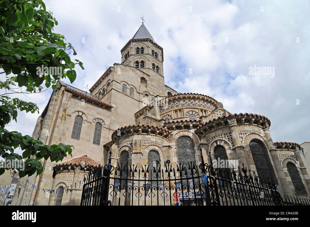 Eglise de Notre Dame du Port, basilica, church, Clermont-Ferrand, Auvergne, France, Europe Stock Photo
