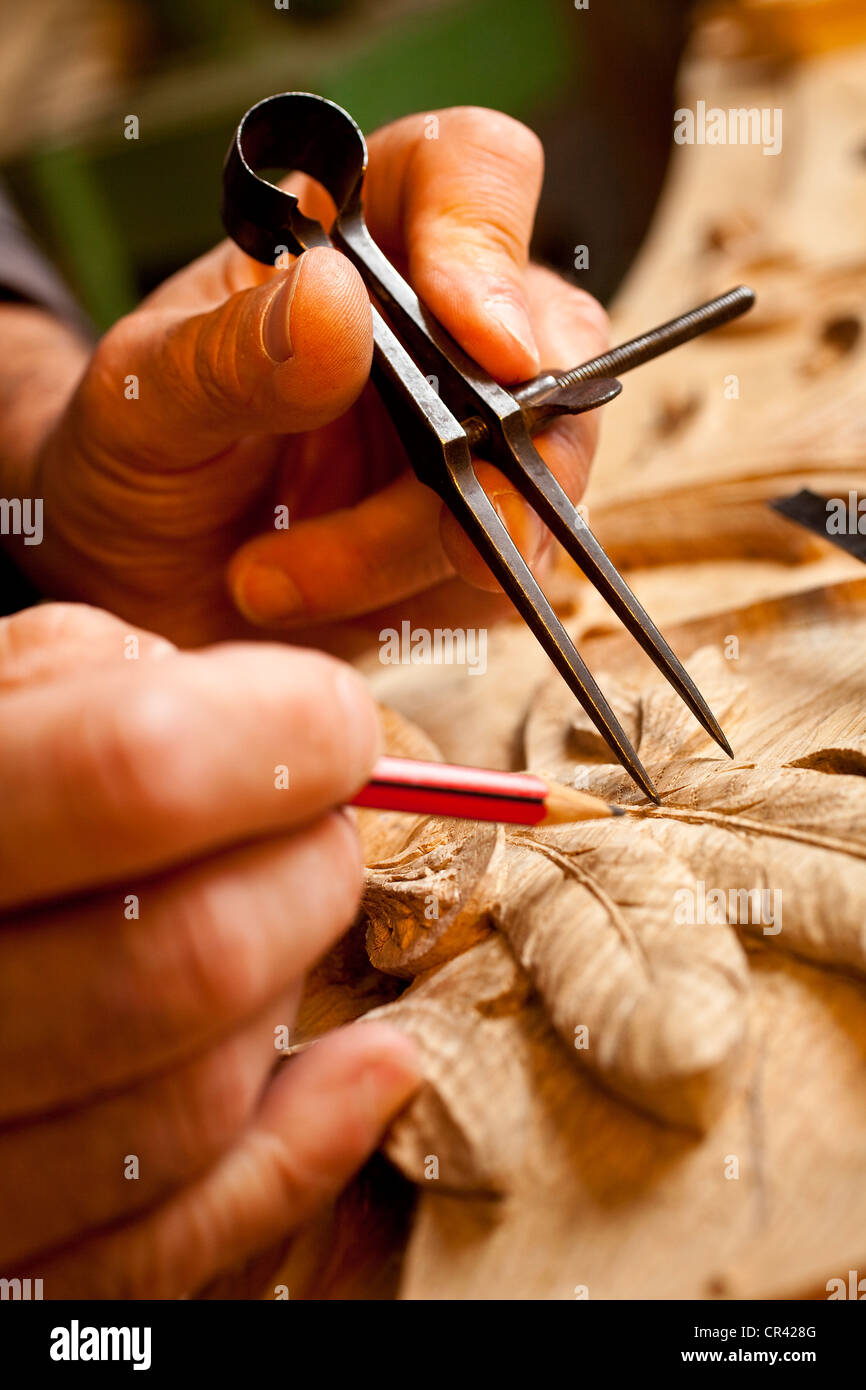 France, Paris, Vincent Mouchez, wood sculptor craftsman - Stock Image