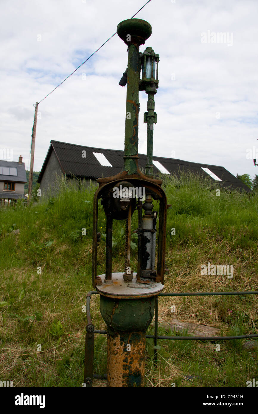 Self measuring petrol pump - Stock Image