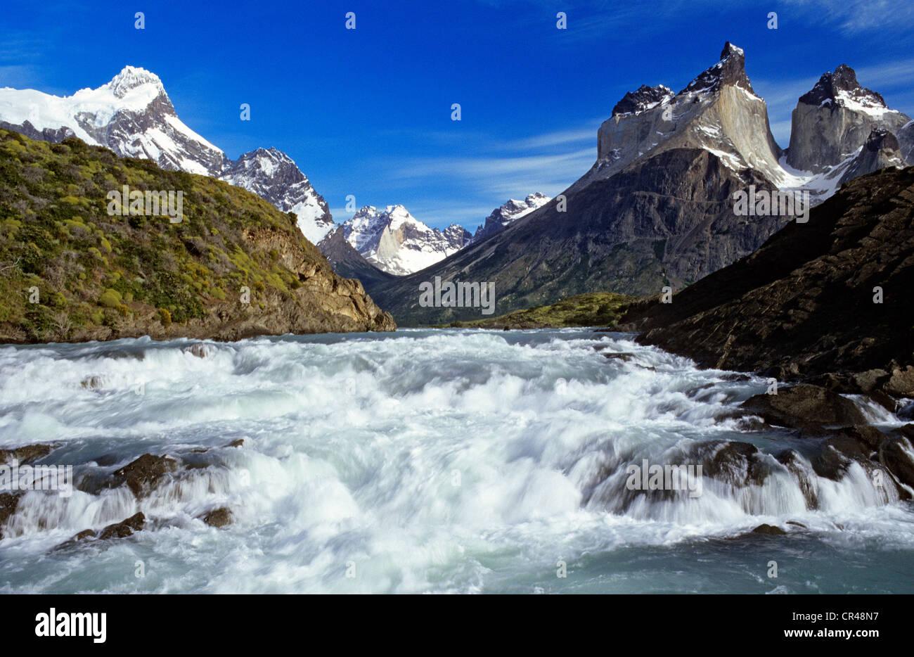 Chile, Magallanes and Antartica Chilena region, Ultima Esperanza Province, Torres del paine National Park, le Salto - Stock Image
