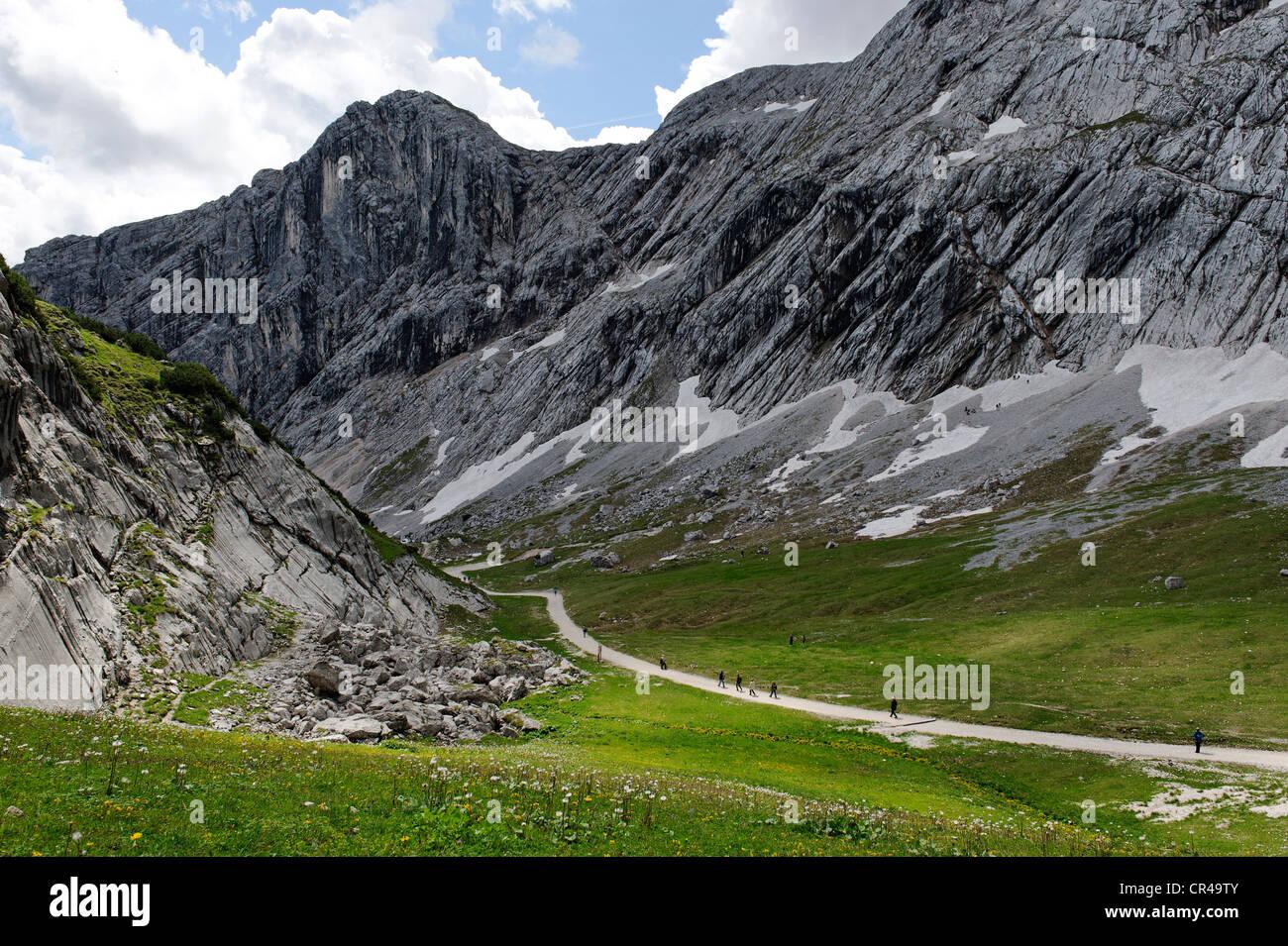 Gipfel-Erlebisweg, summit adventure trail at Alpspitzbahn, Garmisch-Partenkirchen, Wetterstein range, Upper Bavaria, - Stock Image
