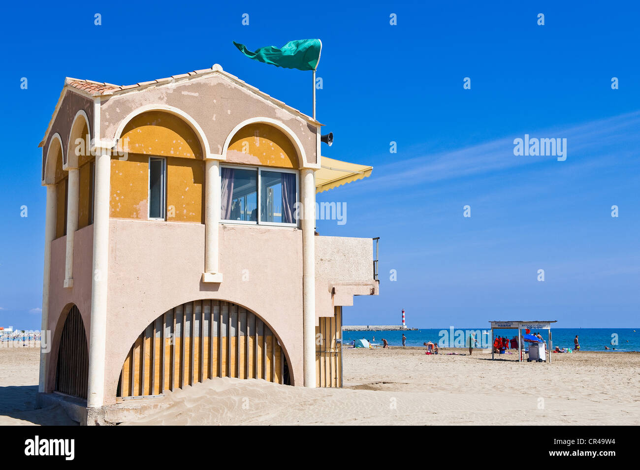 France, Aude, Corbieres, Port la Nouvelle, first aid post on the beach - Stock Image