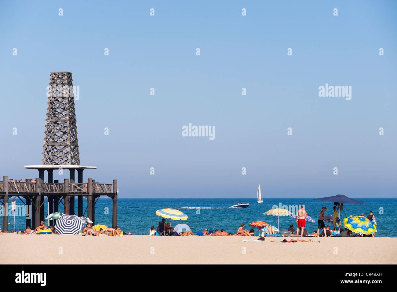 France, Aude, Corbieres, Port Leucate, beach with the estacade Stock ...