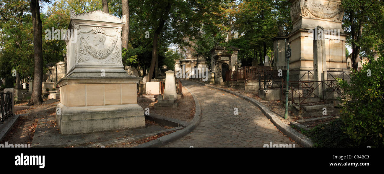 France, Paris, Pere Lachaise Cemetery - Stock Image