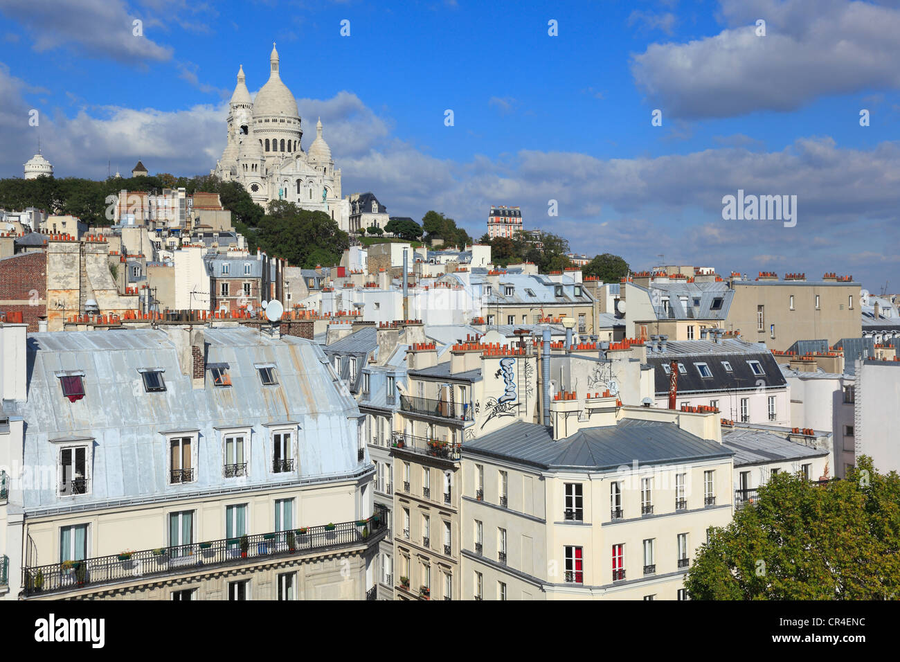 France, Paris, Sacre Coeur basilica and the roofs of Montmartre - Stock Image