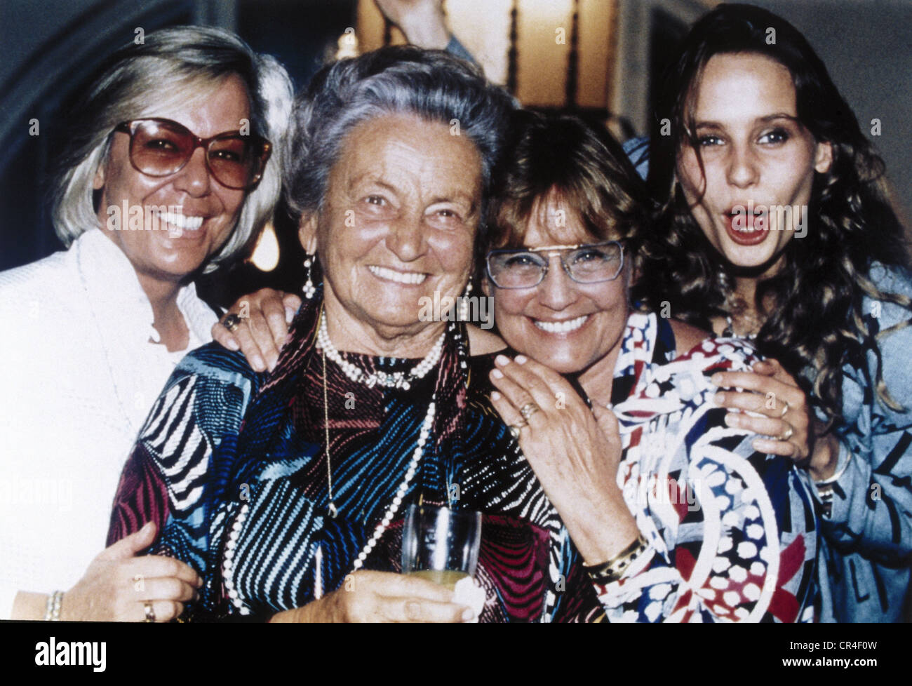 Schell, Maria, 15.1.1926 - 26.4.2005, German actress, group picture, with her sister Immy Schell, her mother Margarethe - Stock Image