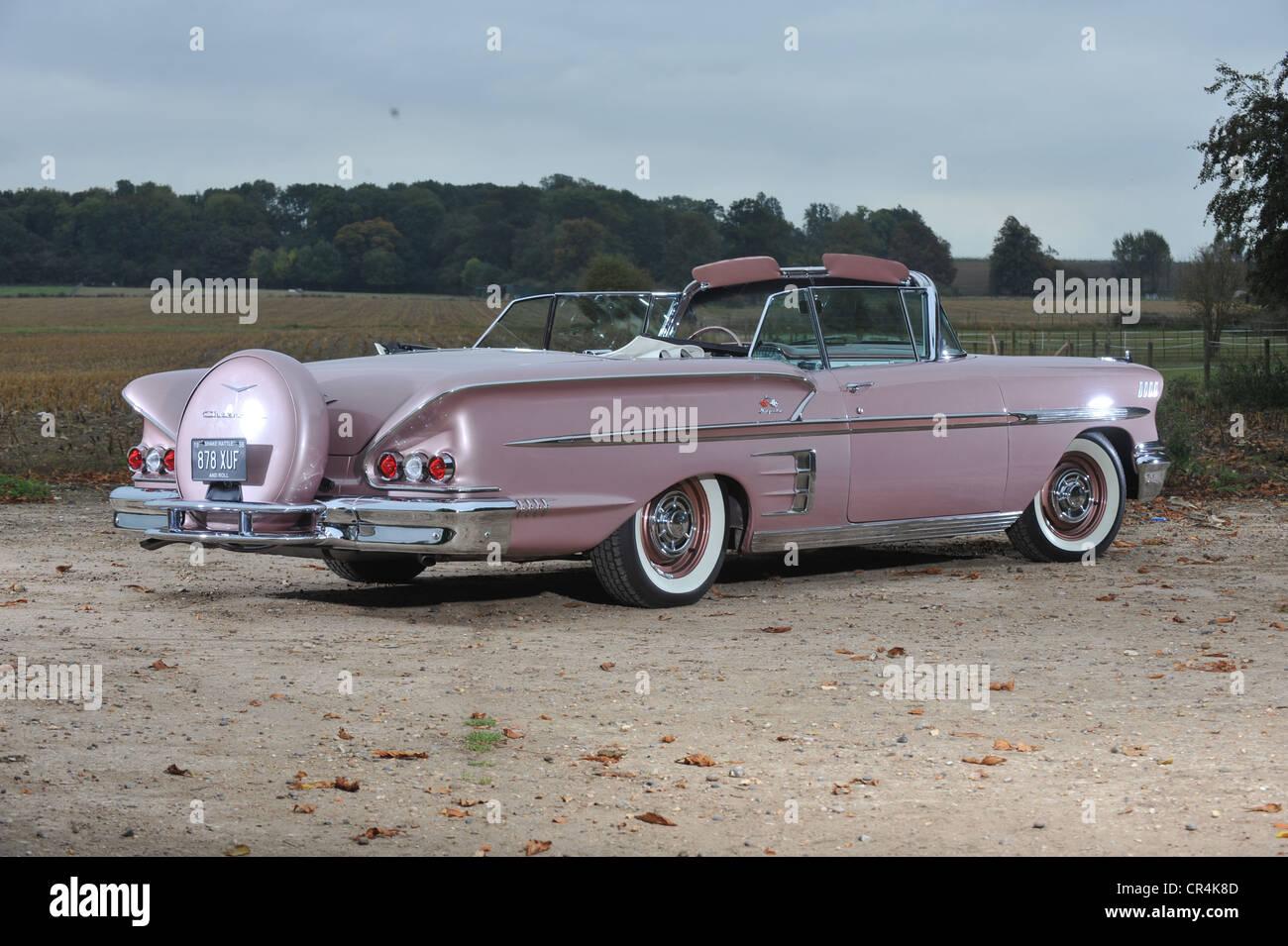 Impala 1958 chevrolet impala : 1958 Chevrolet Impala convertible classic American car Stock Photo ...