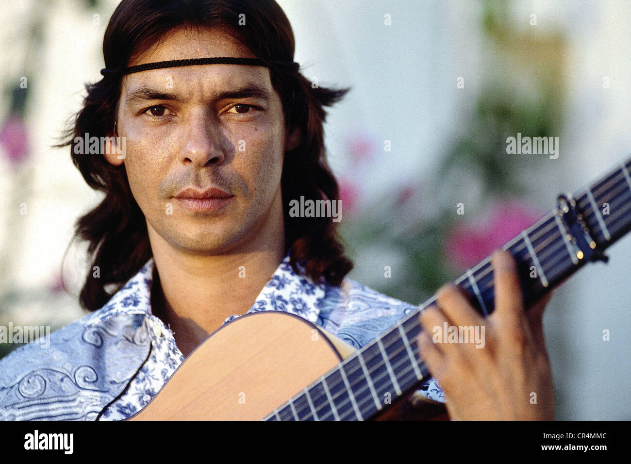 Gipsy Kings, French music group, Canut Reyes, a member of the band, with guitar, portrait, Arles, 1988, Additional - Stock Image