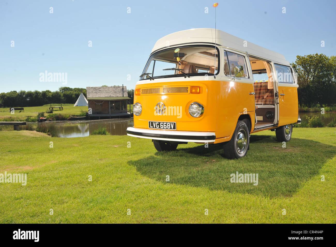 1979 Bay WIndow VW Volkswagen camper van, type 2 micro bus - Stock Image