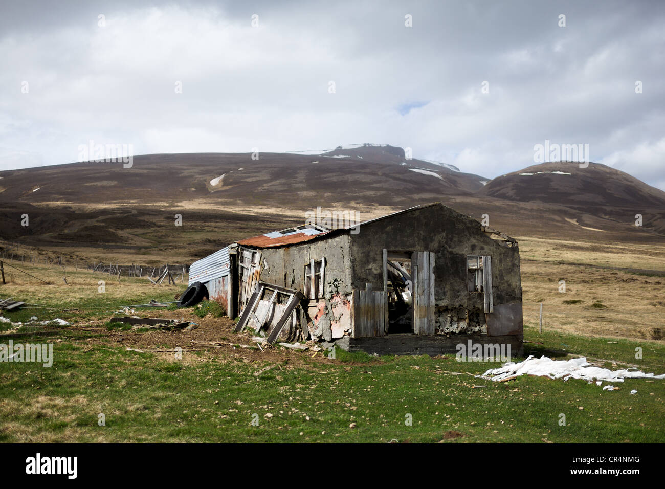 A derelict Icelandic farm building, Iceland, Scandinavia on an overcast day - Stock Image