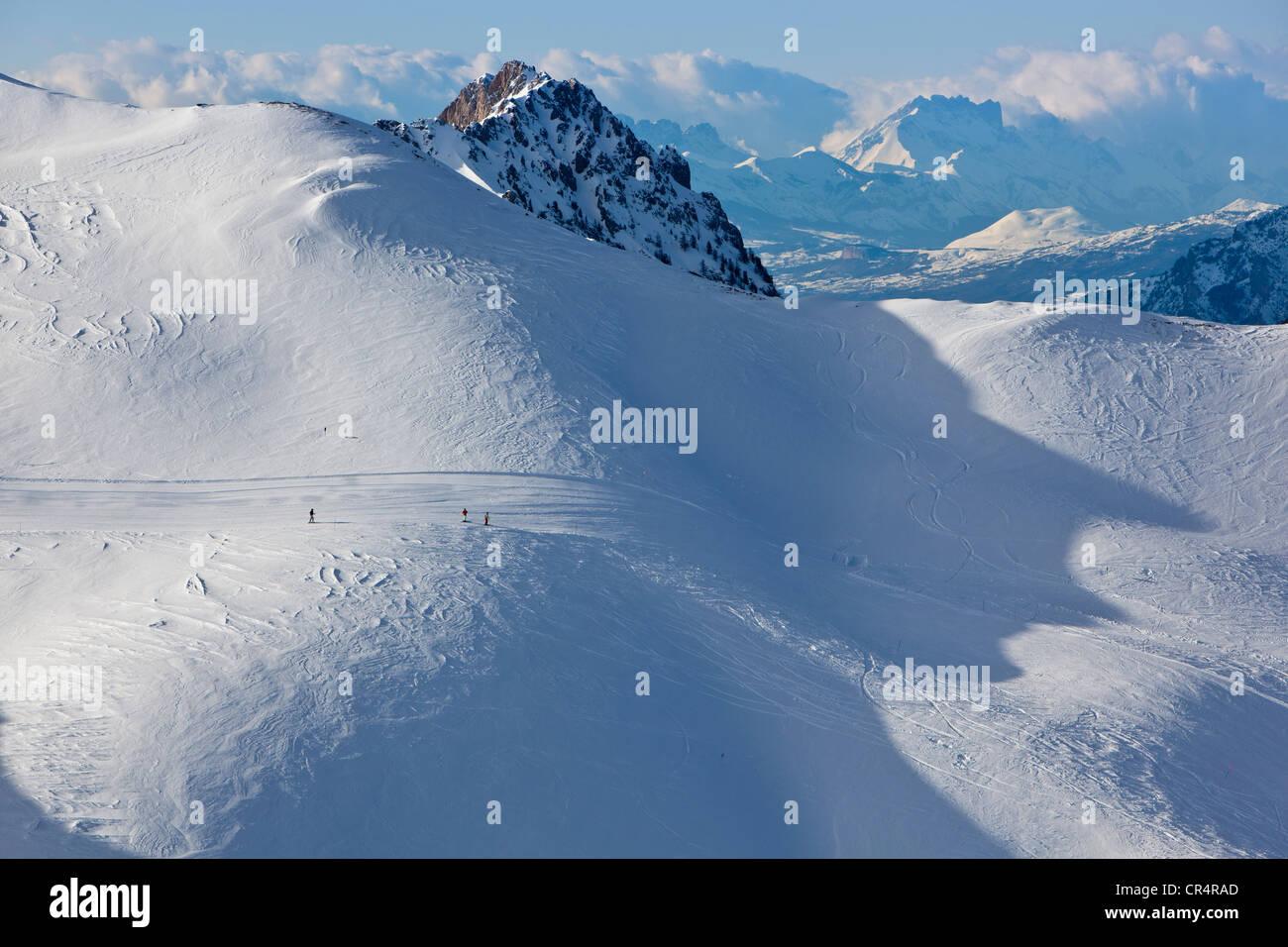 France, Alpes de Haute Provence, Praloup, marmots piste - Stock Image