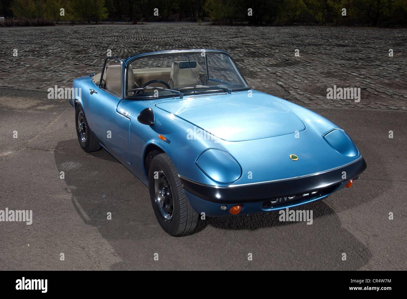Lotus Elan classic British soft top sports car - Stock Image