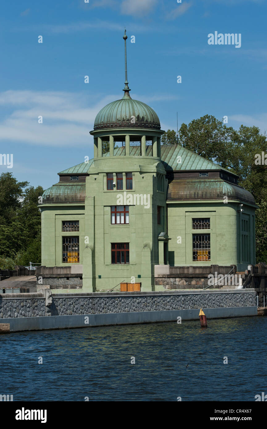 Hydro-electric power plant on the Vitava River, the building is a replica of the building which survived the atomic - Stock Image