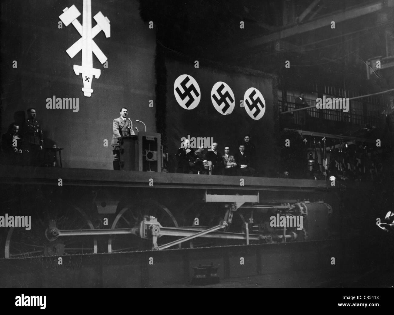 Hitler, Adolf, 20.4.1889 - 30.4.1945, German politician (NSDAP), Fuehrer and Reich Chancellor since 1933, speech - Stock Image
