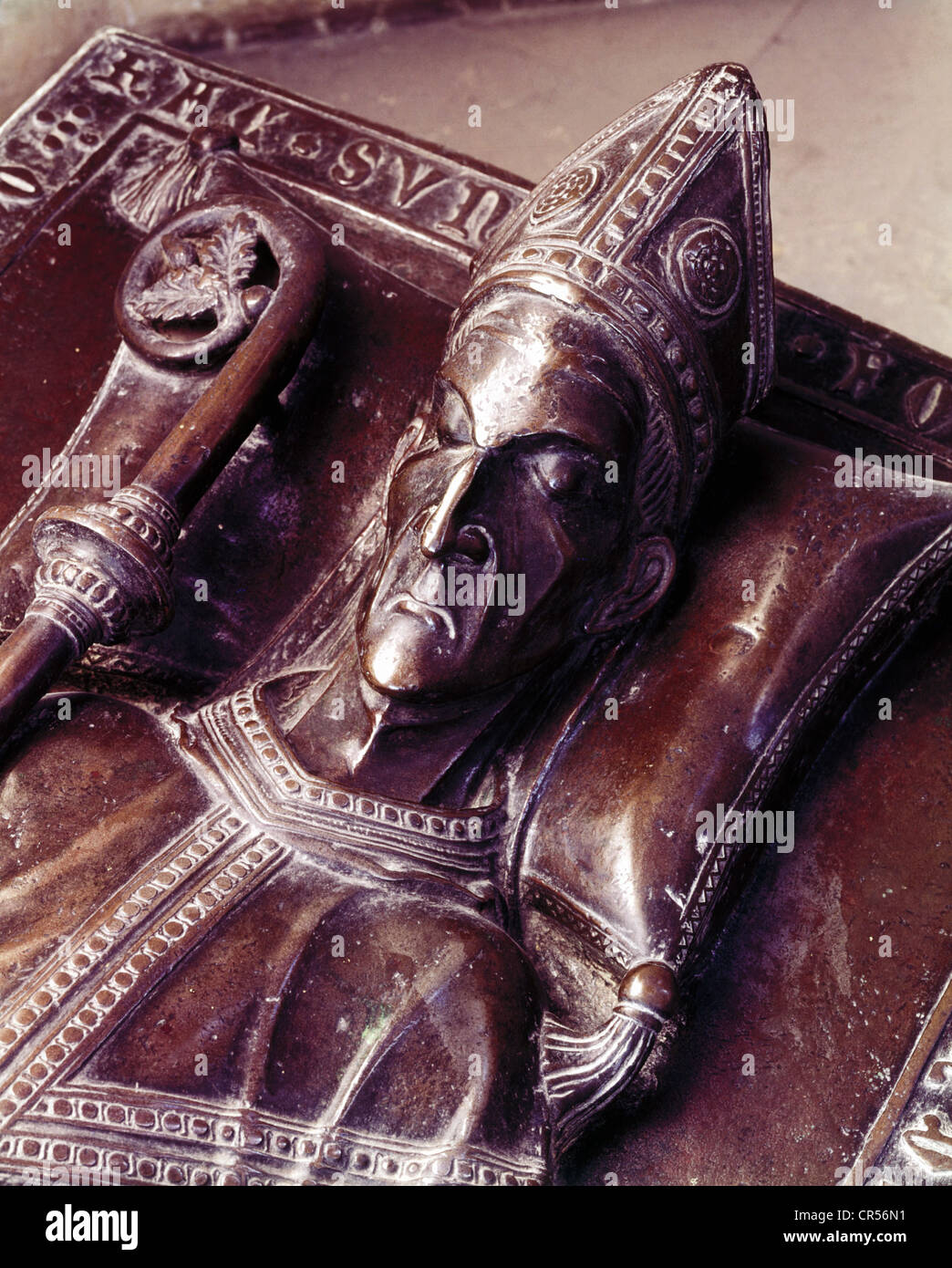 Wolfhart of Roth-Wackerwitz, Bishop of Augsburg 1288 - 1302, portrait, detail of his grave, Augsburg, Additional - Stock Image