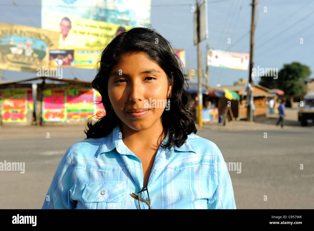 Portrait of a young woman with indigenous features, Pachacamac, Lima, Peru, South America - Stock Image