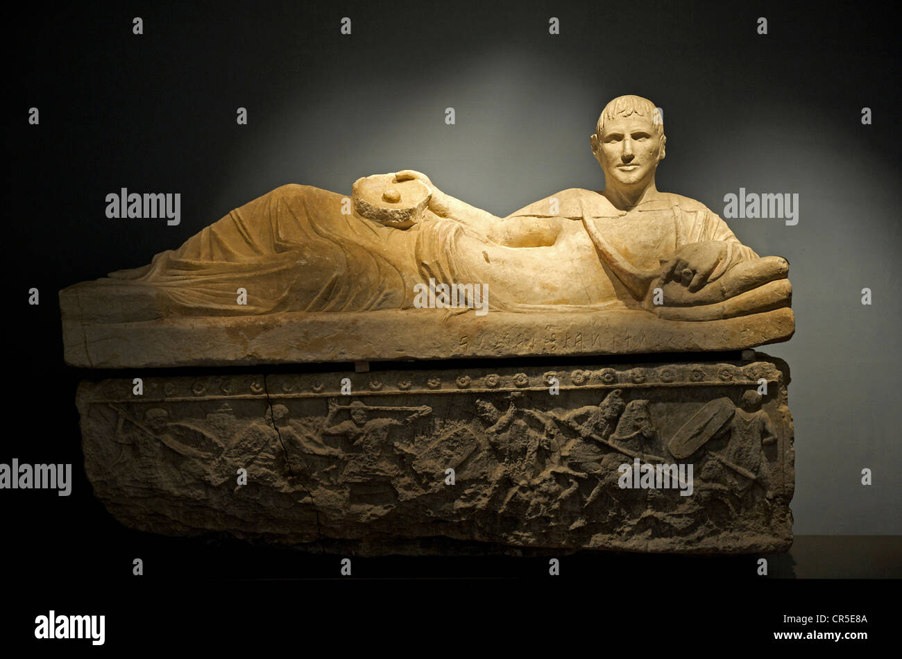 Italy, Tuscany, Chiusi, Museo Archeologico Nazionale (National Museum of Archeology), 3th century AD alabaster sarcophagus - Stock Image
