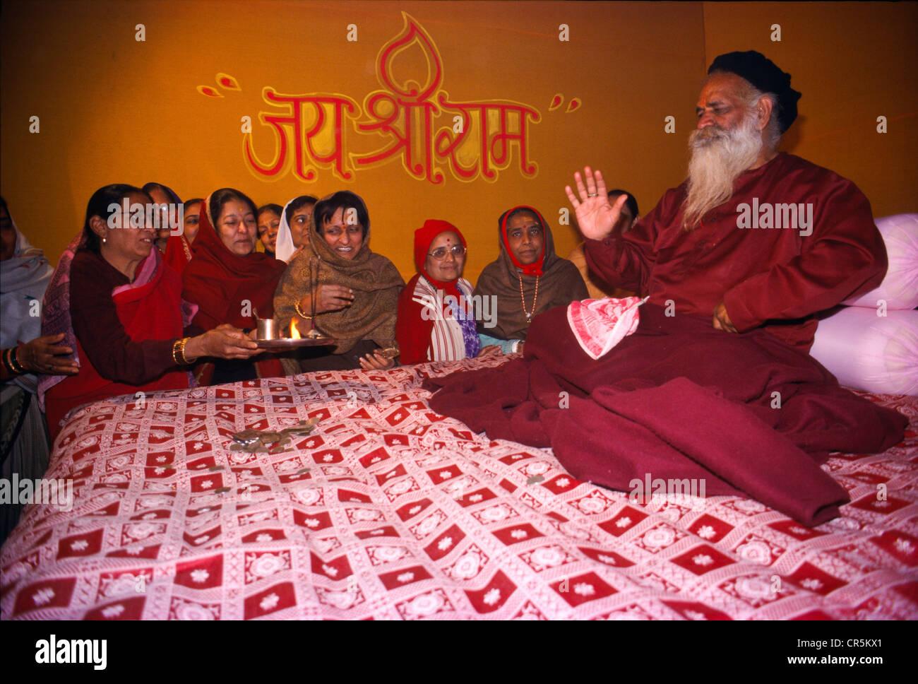Famous sadhus give teachings to the pilgrims at the Maha Khumba Mela in Allahabad, Uttar Pradesh, India, Asia - Stock Image