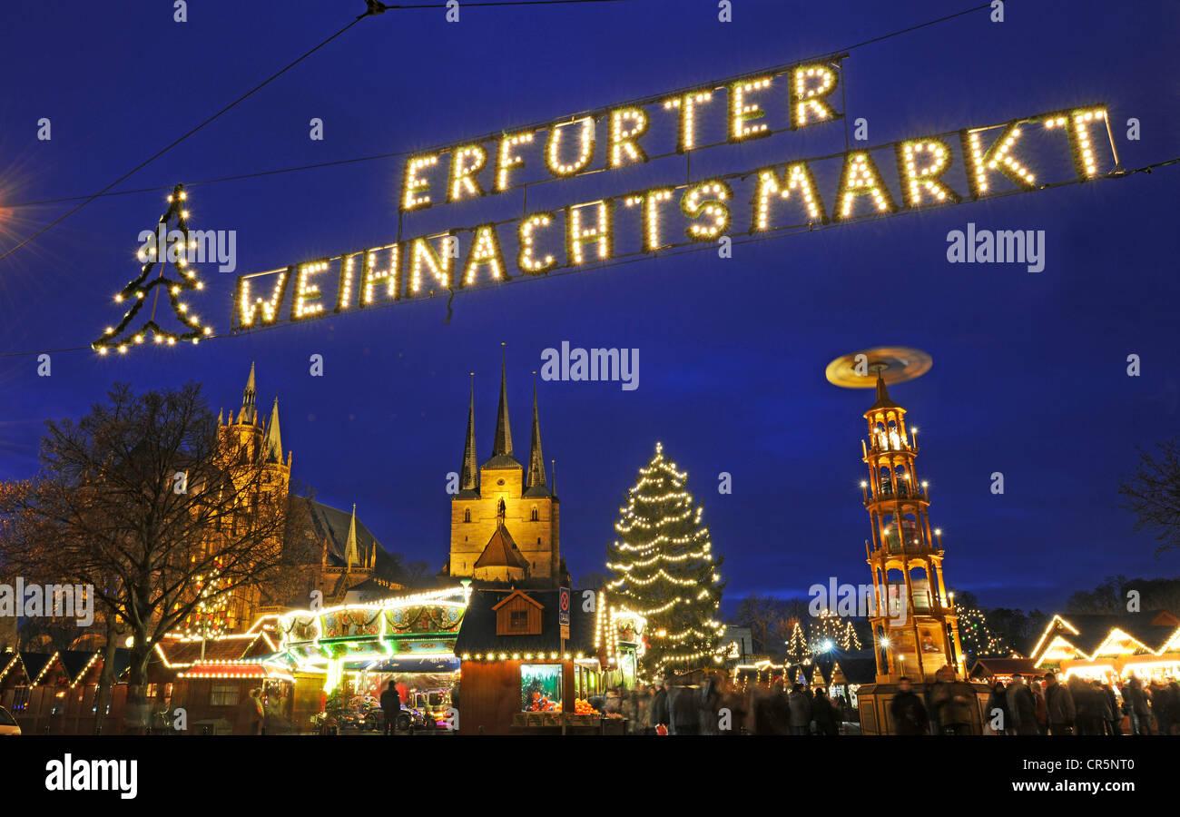 Lettering 'Erfurter Weihnachtsmarkt', German for 'Christmas market in Erfurt', Erfurt, Thuringia, - Stock Image