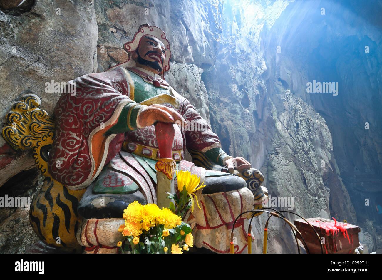 Guardian figure, patron deity, Huyen Khong Grotto, Marble Mountains, Ngu Hanh Son, Thuy Son, Da Nang, Vietnam, Asia - Stock Image