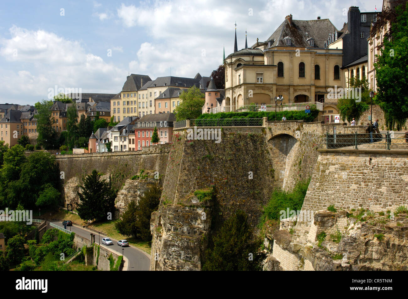 View of the city fortifications and the Corniche district in the upper town above the valley of the Alzette River, - Stock Image