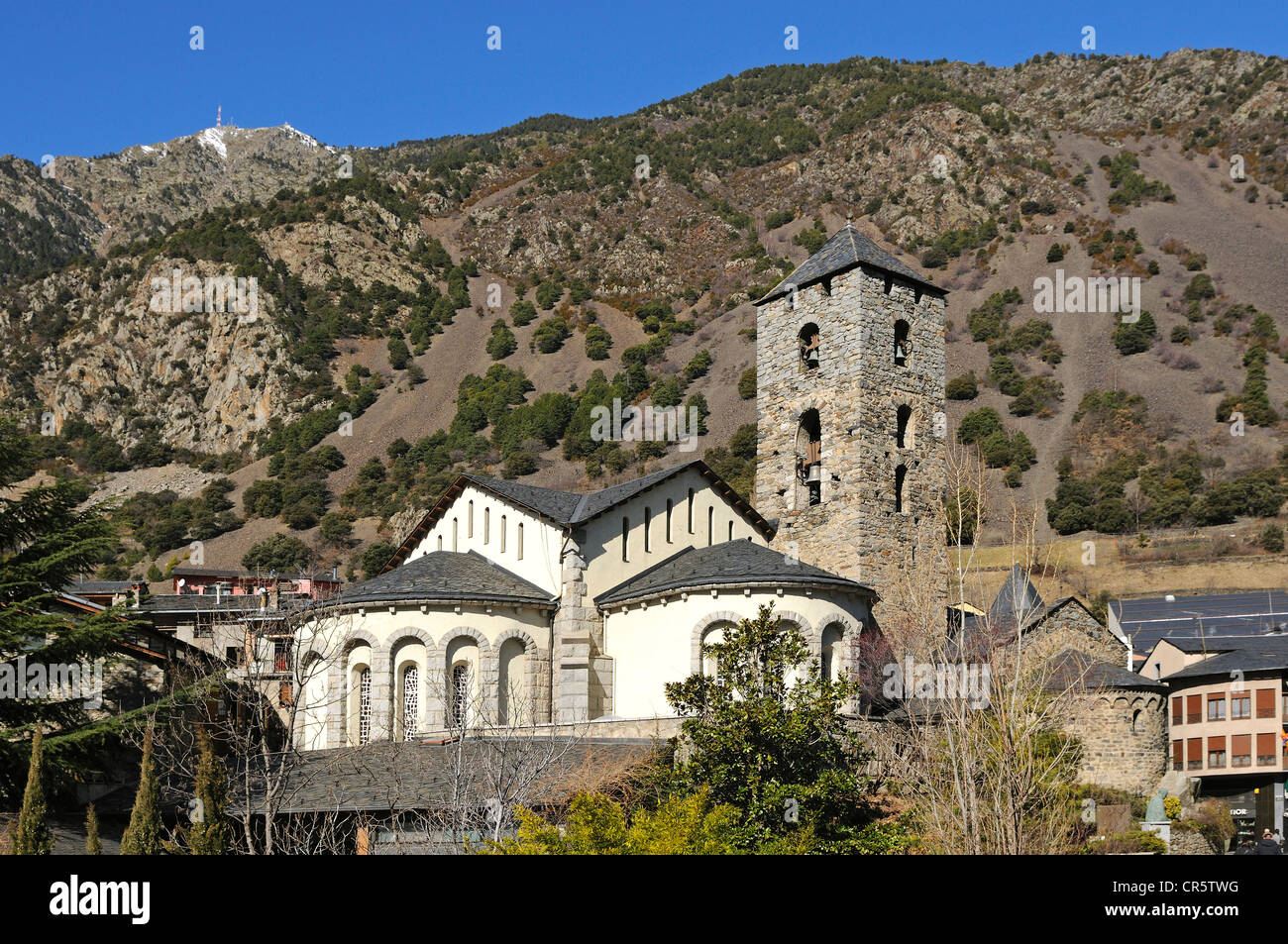 Church of Sant Esteve, Barri Antic, in front of Pic de Carroi Mountain, Andorra La Vella, Andorra, Europe - Stock Image