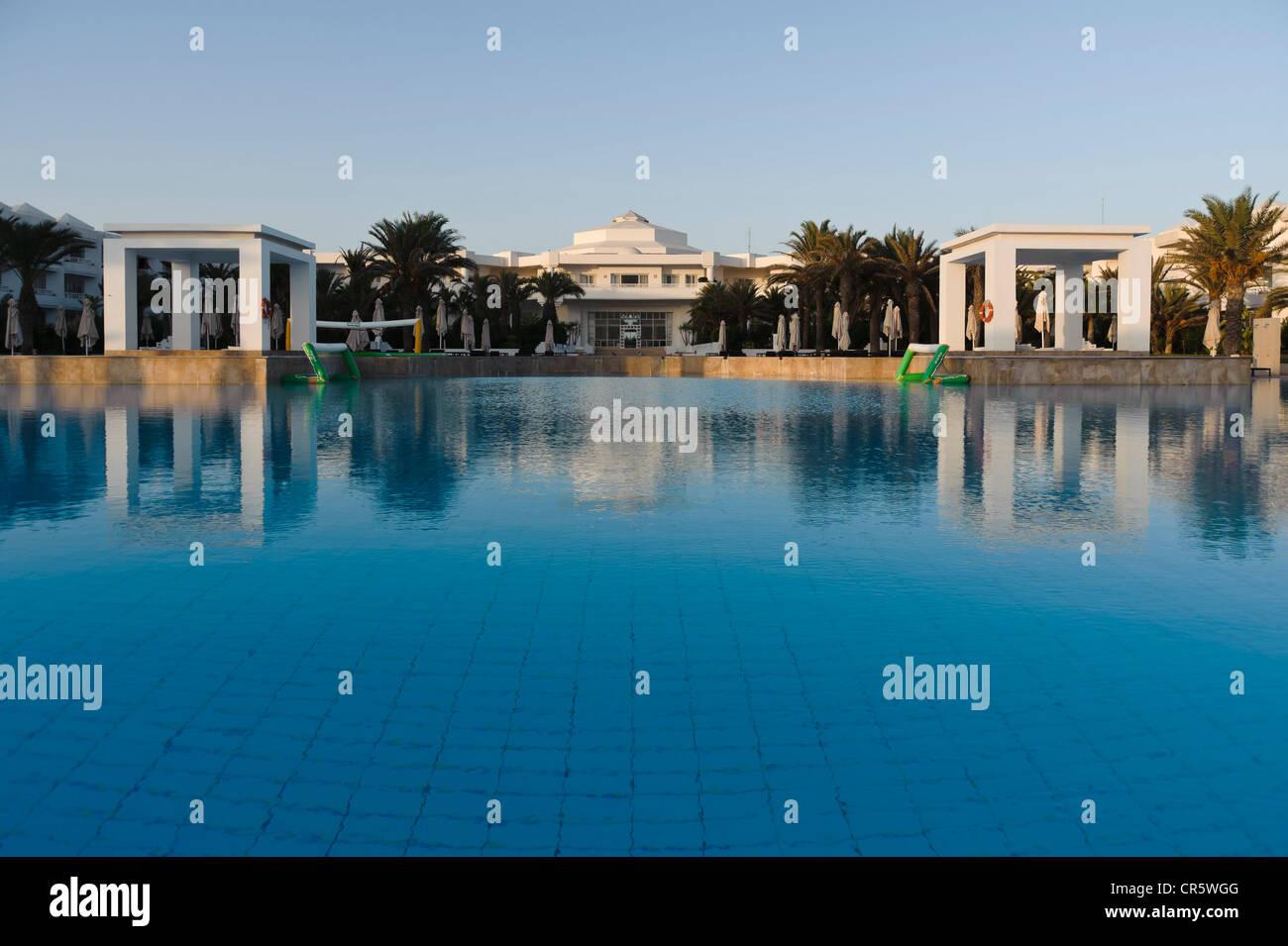 Swimming pool at the Radisson Blu hotel resort, Djerba, Tunisia, Maghreb, North Africa, Africa - Stock Image