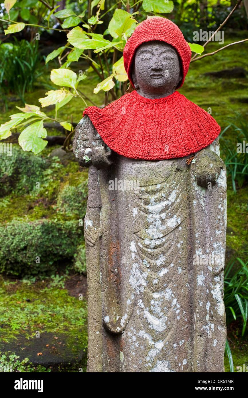 Japan, Honshu Island, Kanto Region, Kamakura, Hokoku-ji Temple also known as Bamboo Temple, Bamboo Forest, statuette - Stock Image
