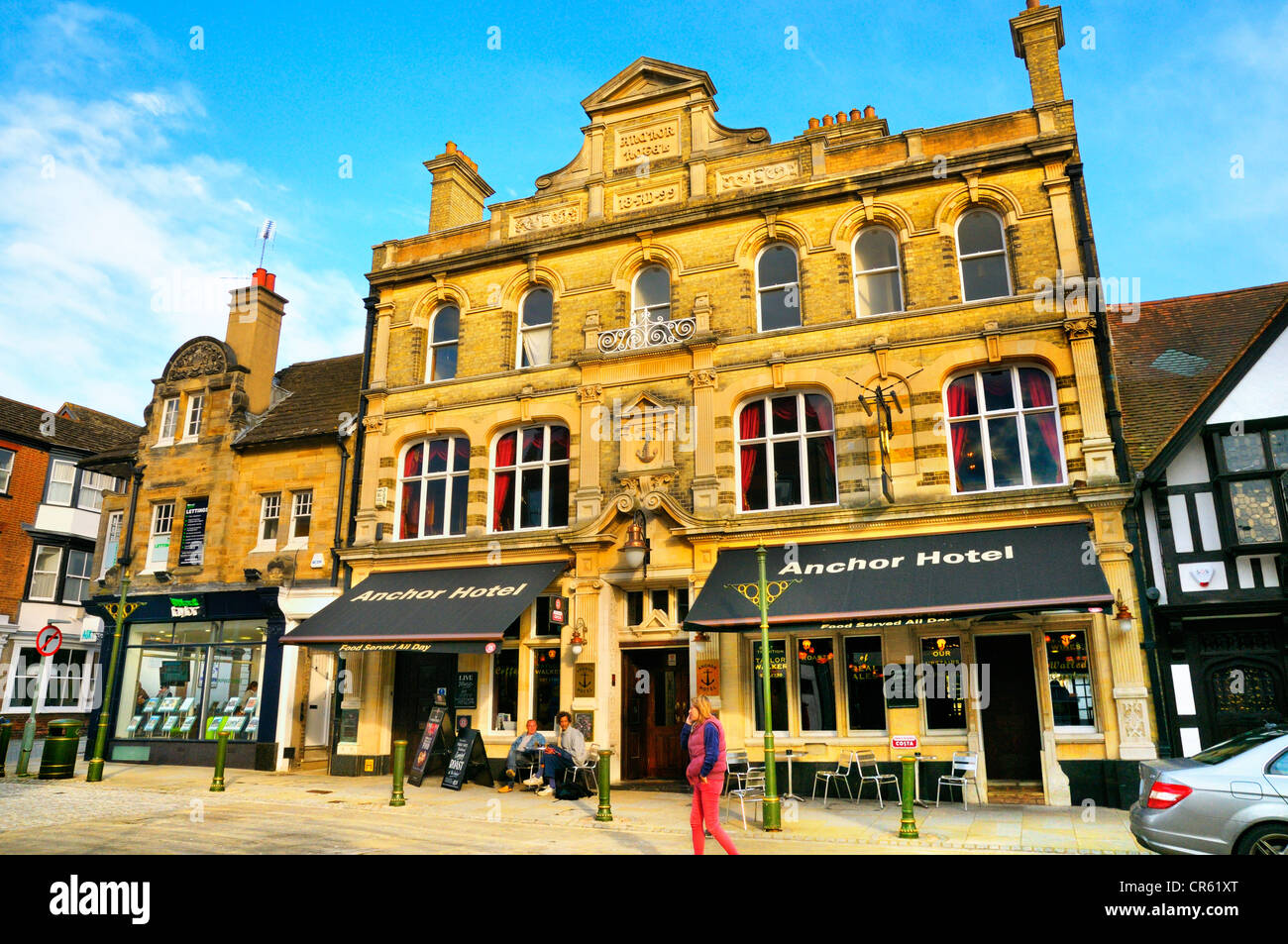 British pub. The Anchor Hotel, Horsham, West Sussex, UK - Stock Image