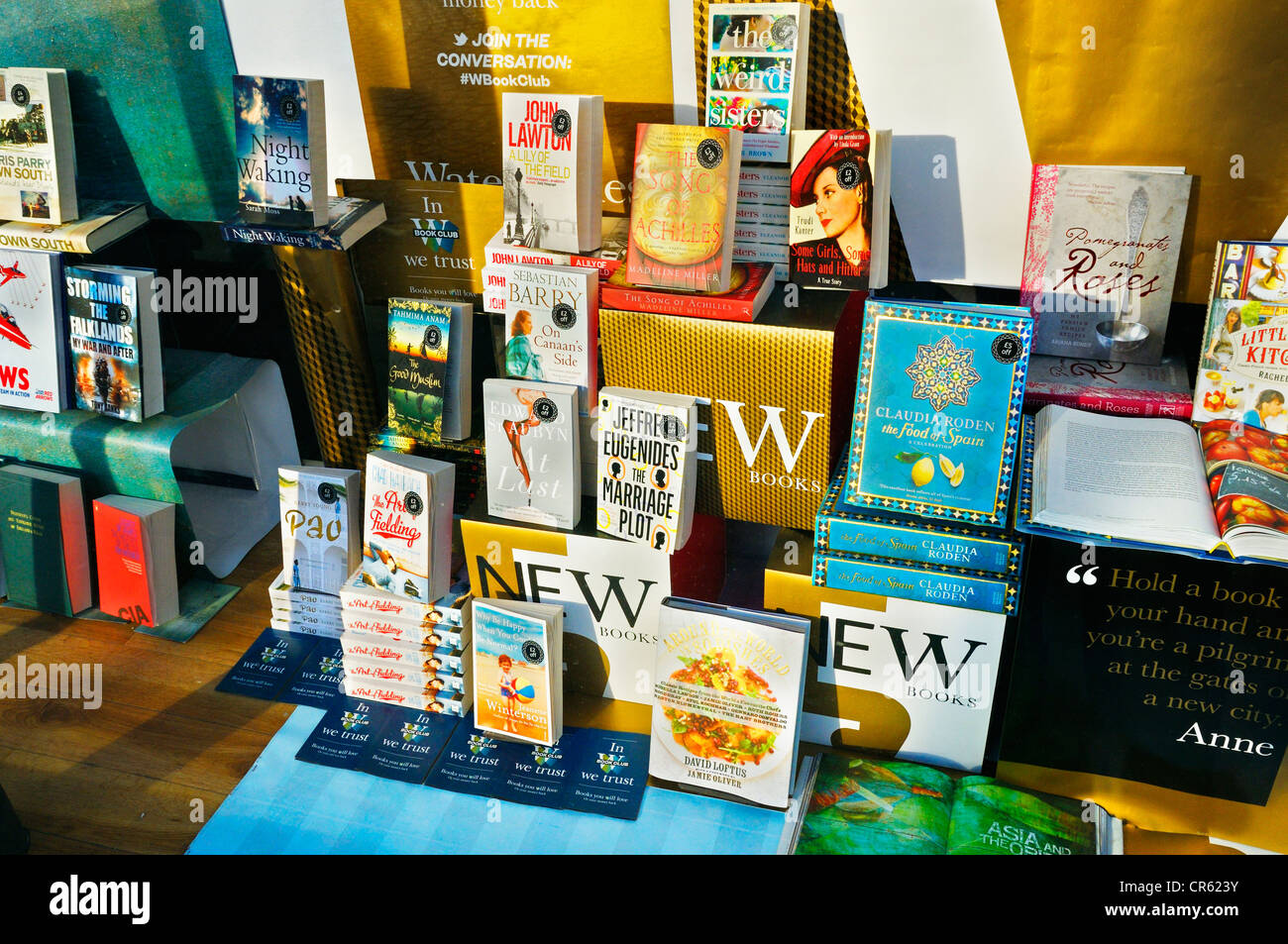 Waterstone's book display - Stock Image