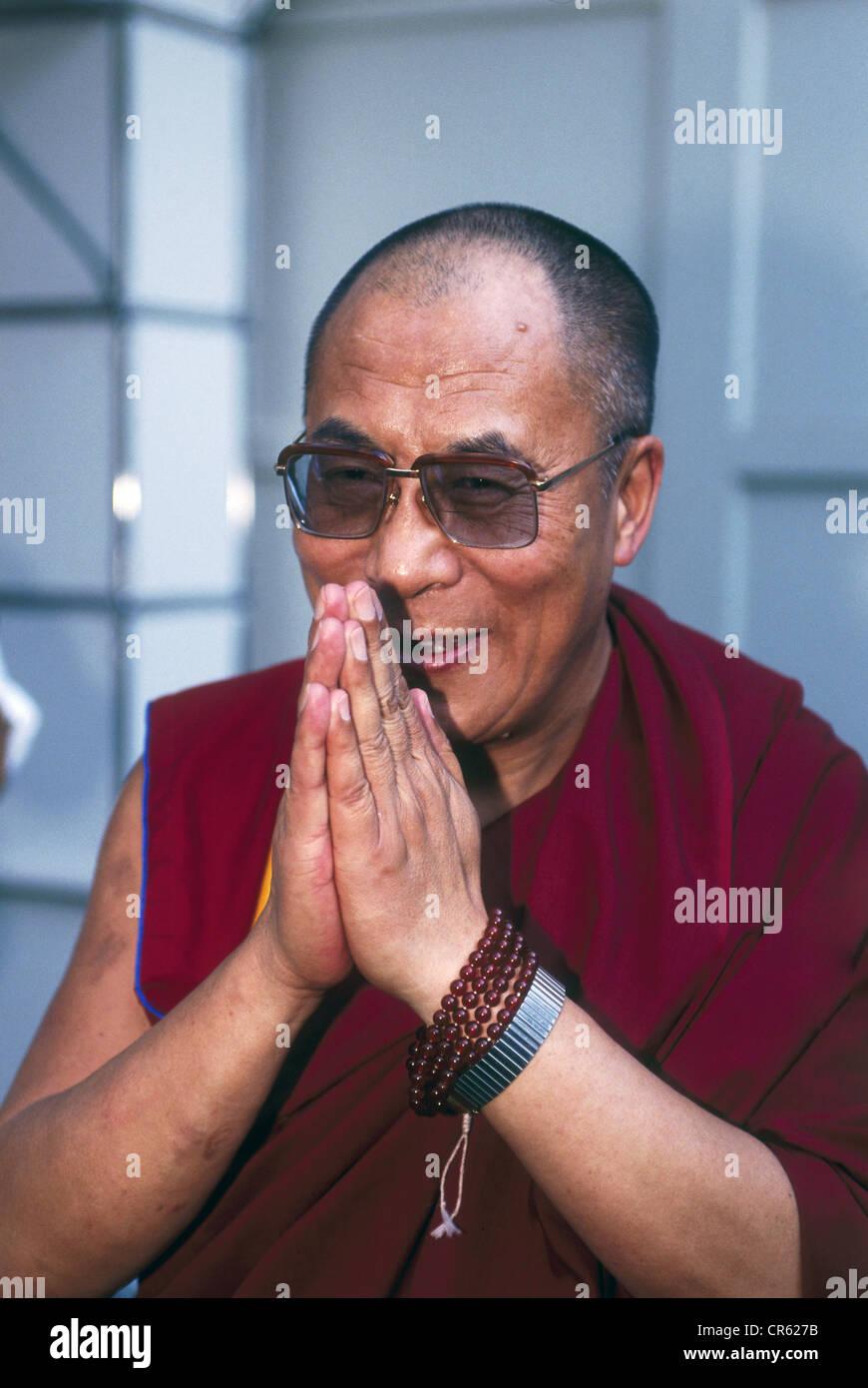Dalai Lama 14th (Tenzin Gyatso), * 6.7.1935, Tibetan lama and politician, half length, IFA, Berlin, September 1991, - Stock Image