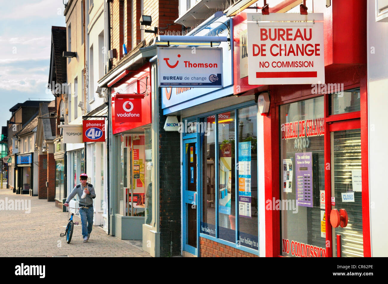 High Street stores, Horsham, West Sussex, UK - Stock Image