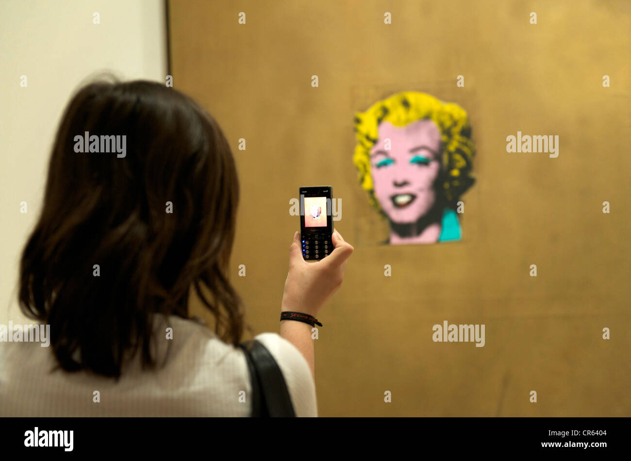 Gold Marilyn Monroe Stock Photos & Gold Marilyn Monroe Stock Images ...