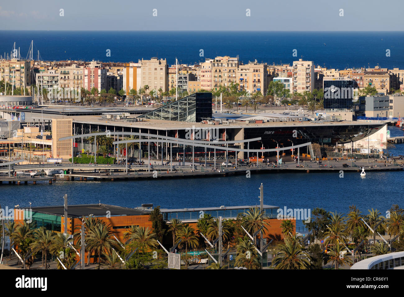 Spain, Catalonia, Barcelona, Port Vell (Old Port), Rambla del Mar Footbridges by architects Helio Pinon and Albert - Stock Image