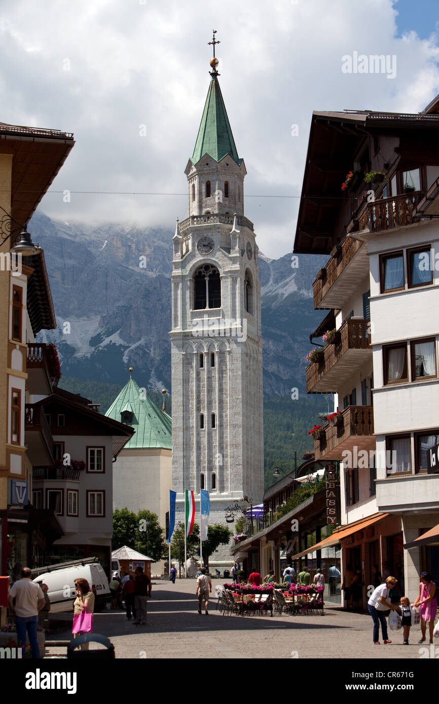Church, Cortina d'Ampezzo, Belluno, Dolomiti, Italy, Europe - Stock Image