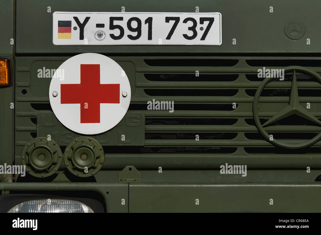 Detail view of a Bundeswehr, federal army, ambulance with red cross sign, red cross on white, PublicGround - Stock Image