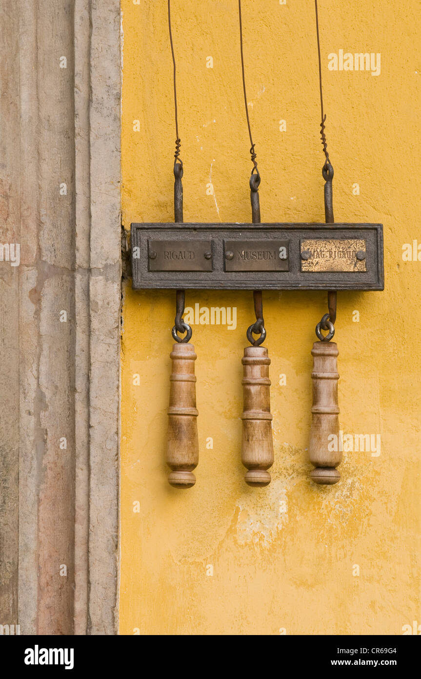 Three historic pull-cables for doorbells, Mozart's birthplace, Salzburg, UNESCO World Heritage Site, Austria, - Stock Image