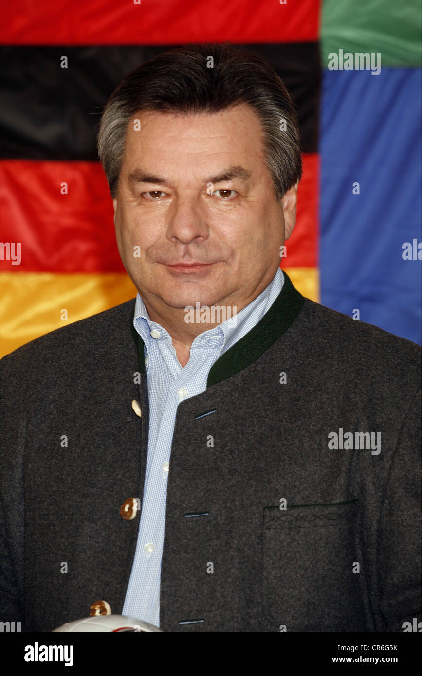 Hartmann, Waldemar, * 10.3.1948, German presenter, portrait, photo call of the EURO 2008, Hamburg, 18.4.2008, Additional - Stock Image