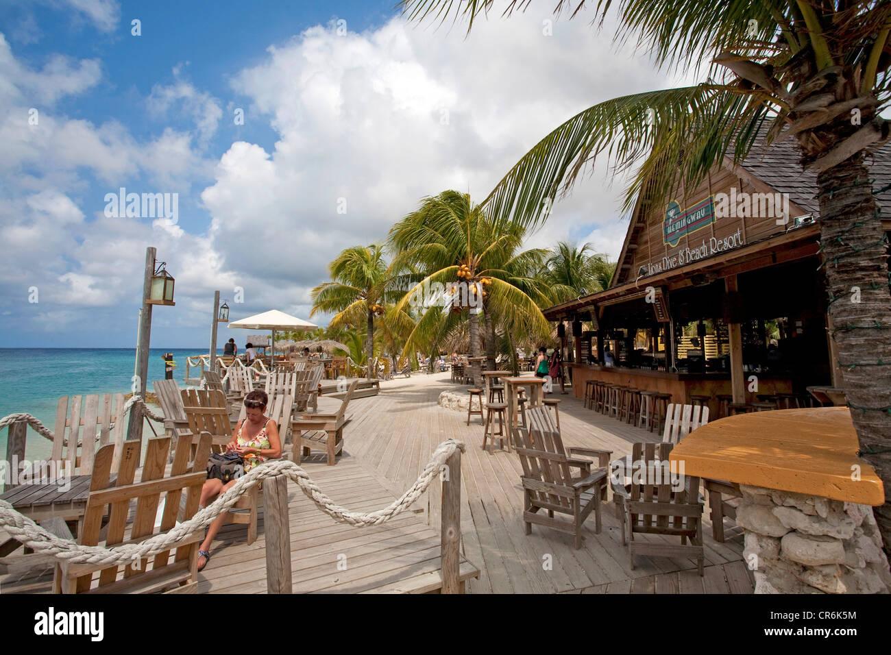 Beach bar lions dive resort curacao former netherlands - Sanom beach dive resort ...
