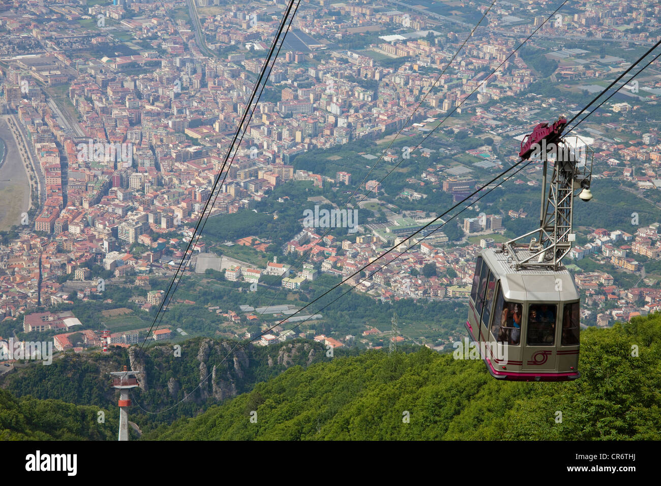 High Ropeway Stock Photos & High Ropeway Stock Images - Alamy