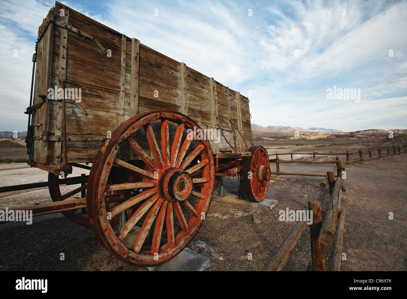 Low Angle Close Up View of a Wooden Wagon for Borax Transport, Harmony Borax Work, Detah Valley, California - Stock Image