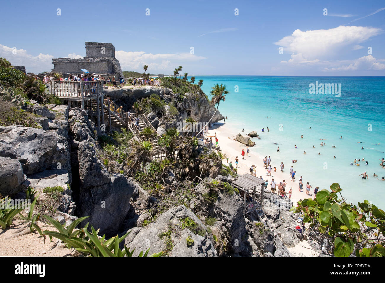 People on the beach at the Mayan ruins of Tulum, State of Quintana Roo, Mexico, North America - Stock Image