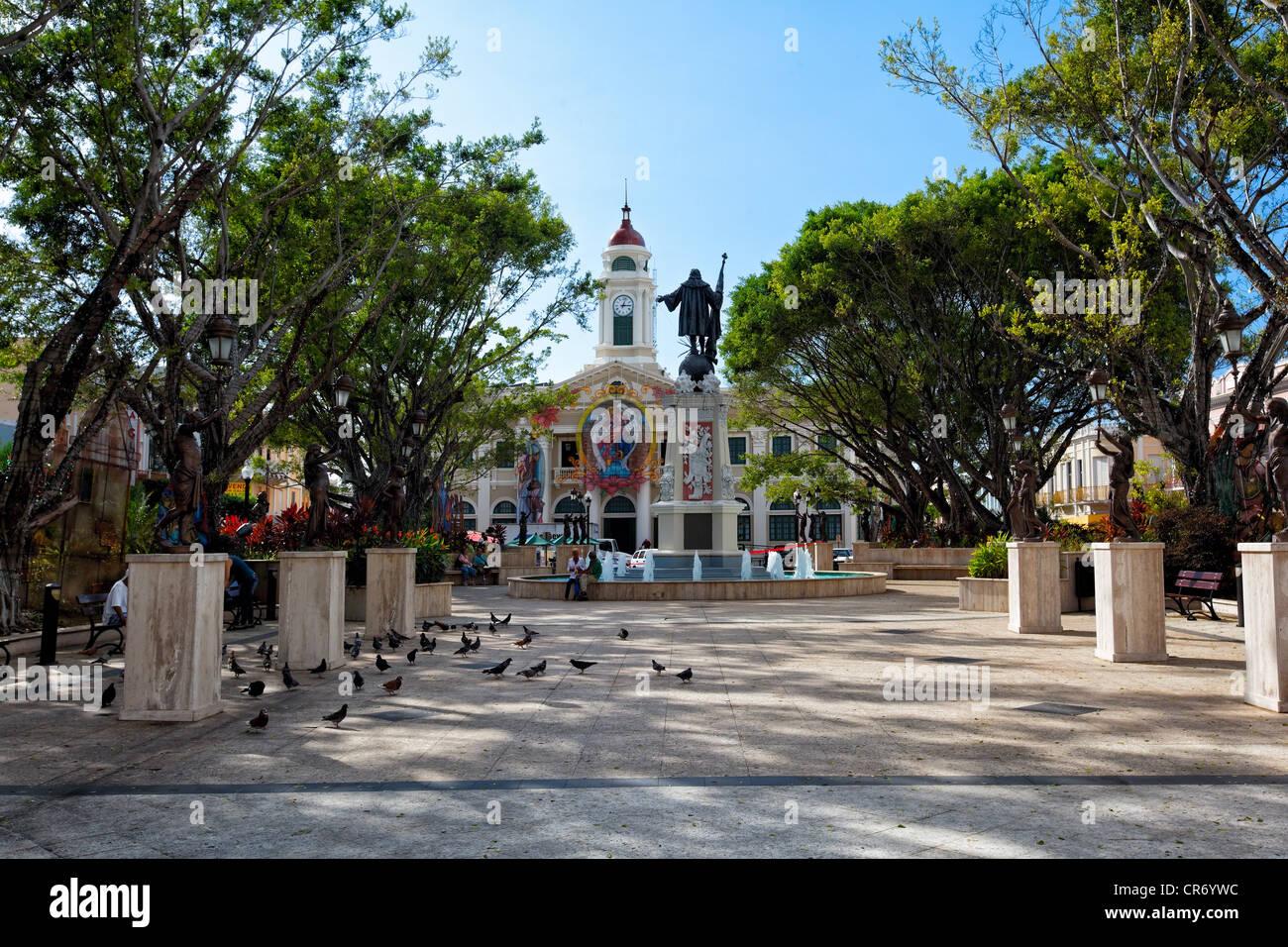 Columbus Square with the City Hall, Mayaguez, Puerto Rico - Stock Image