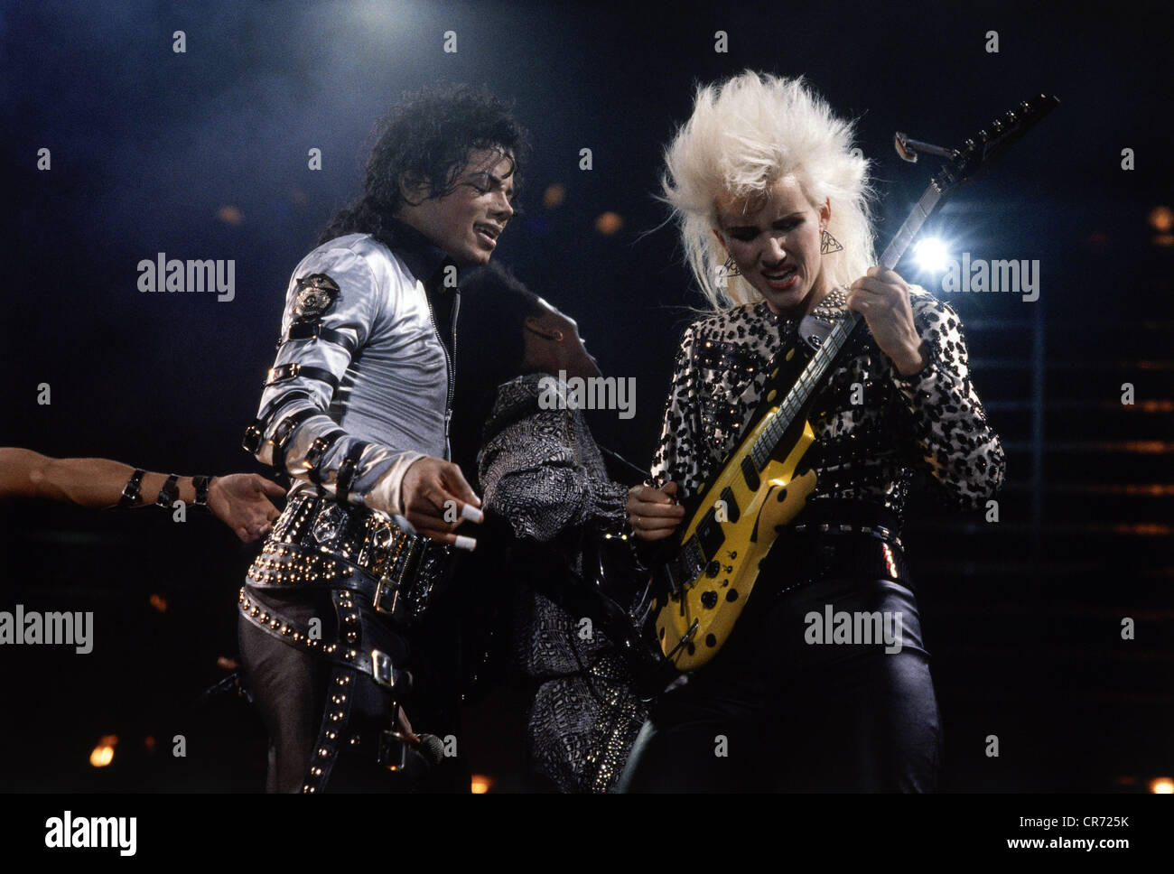 Jackson, Michael, 29.8.1958 - 25.6.2009, American musician (singer), half length, during music performance, Bad - Stock Image