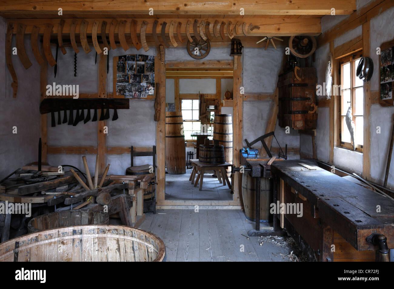 Cooper and wheelwright's workshop from Egersheim, 1887, Franconian open-air museum, Eisweiherweg 1, Bad Windsheim - Stock Image