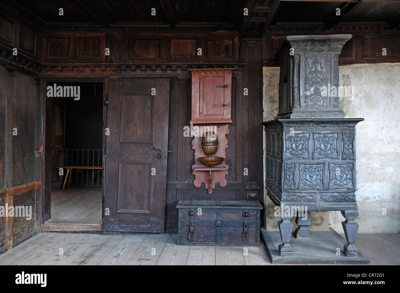 Upper parlour with stove in Schultheissenhof from Obernbreit, 1554, Franconian open-air museum, Eisweiherweg 1, - Stock Image