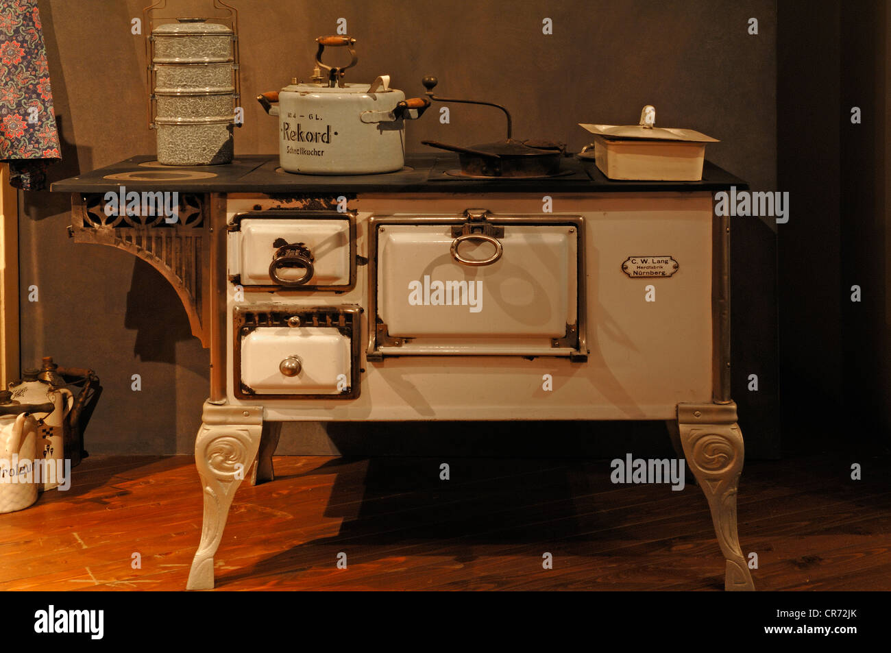 Kitchen stove from 1900, Museum for Industrial Culture, Aeussere Sulzbacher Strasse 60-62, Nuremberg, Middle Franconia, - Stock Image