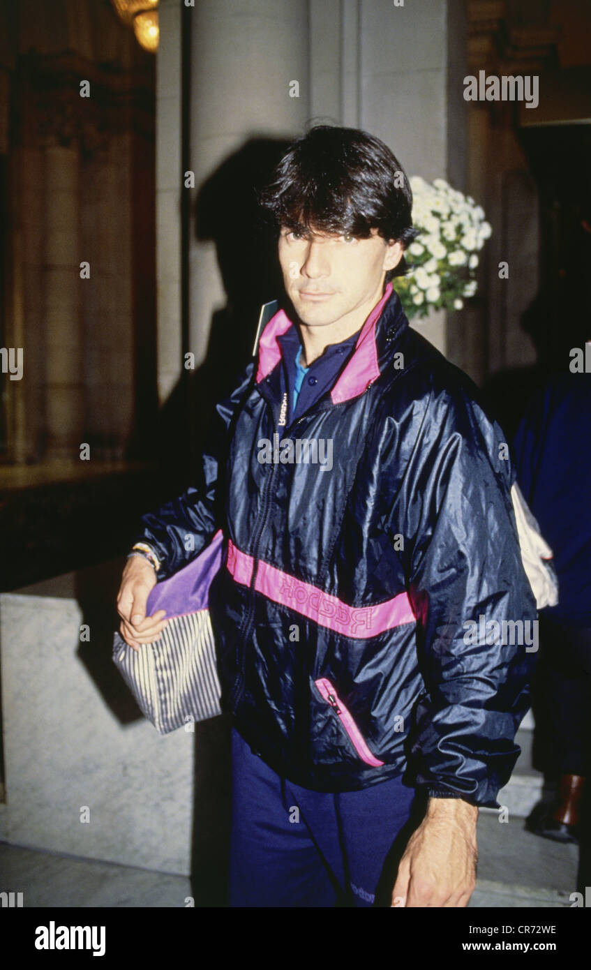 Sanchez Vicario, Emilio, * 19.5.1965, Spanish tennis player, half length, November 1990, Additional-Rights-Clearances - Stock Image