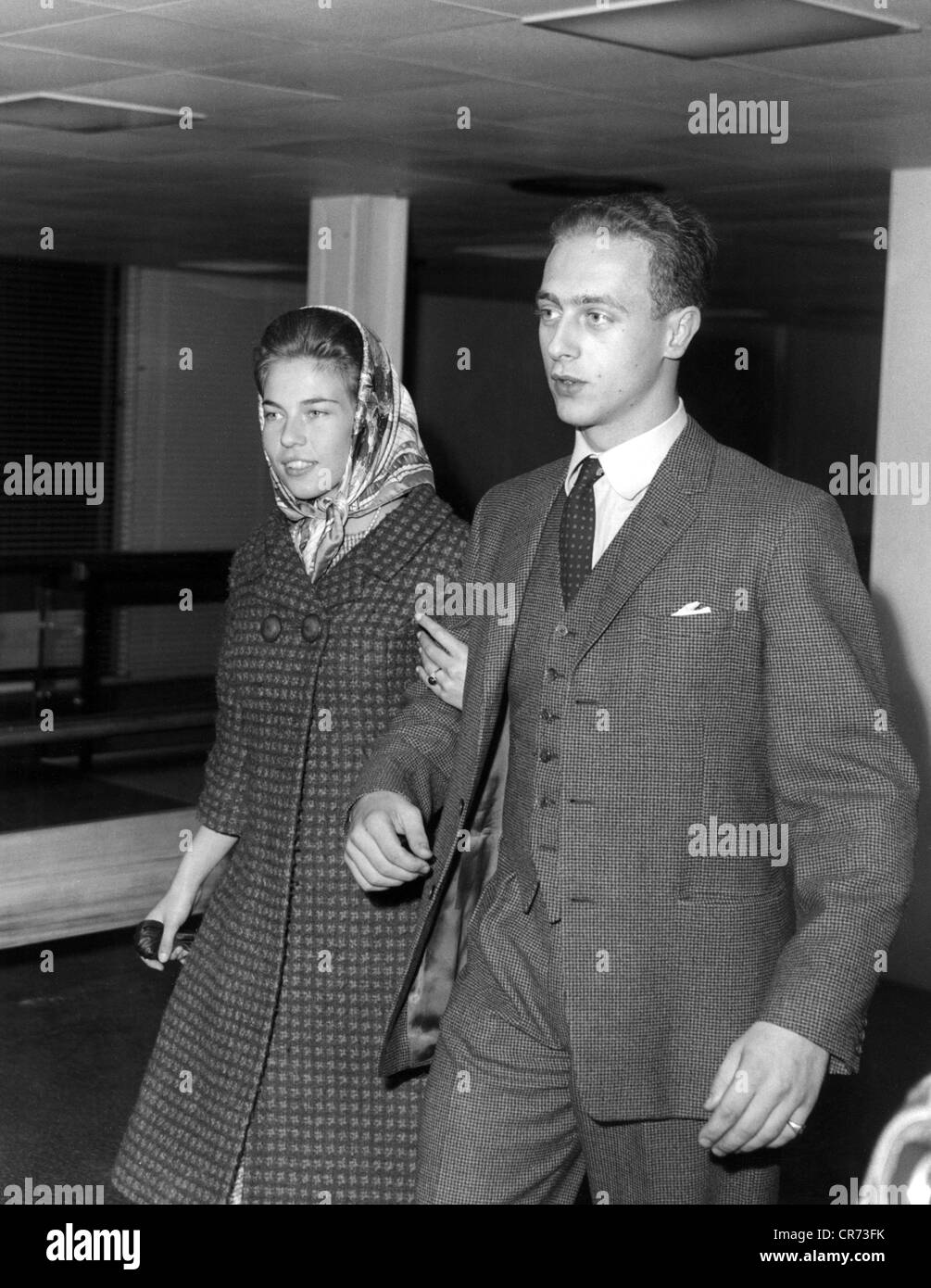 Amadeo Umberto, * 27.9.9.1943, Duke of Aosta since 29.1.1948, with fiance Claude Marie of Orleans, arrival at Linate - Stock Image
